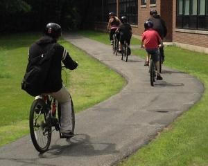Students bike to do audit